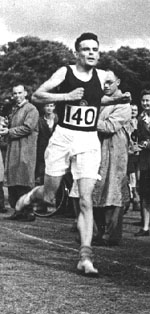Alan Turing running in 1946